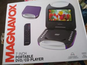 Magnavox 7 inch portable DVD/ CD player with remote for Sale in Hesperia, CA