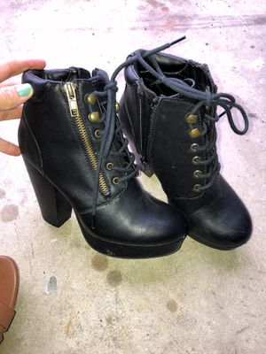 Size 5 Material Girl Boots for Sale in San Diego, CA