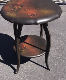 Antique Hand Painted Lamp Table for Sale in Los Angeles,  CA