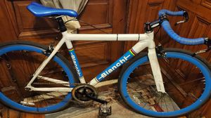 Bianchi bike aluminum frame and Carbon Fork for Sale in The Bronx, NY