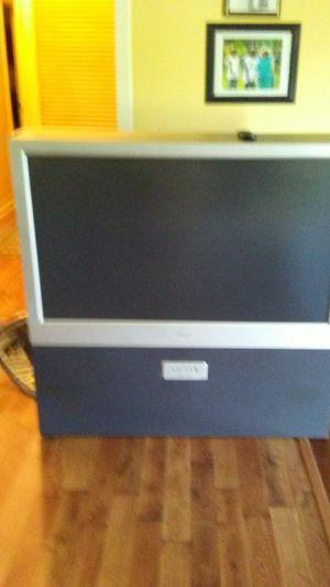 "Magnavox 45"" Color TV for Sale in Dothan, AL"
