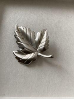 Vintage Tiffany & Co Silver Leaf Pin Brooch for Sale in Redlands,  CA
