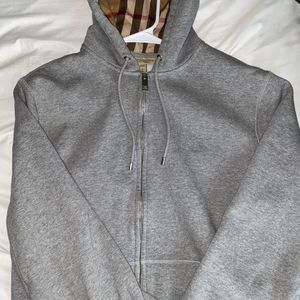 Burberry Hoodie for Sale in New Britain, CT