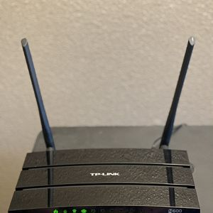 TP Link Wireless Router for Sale in Redmond, WA