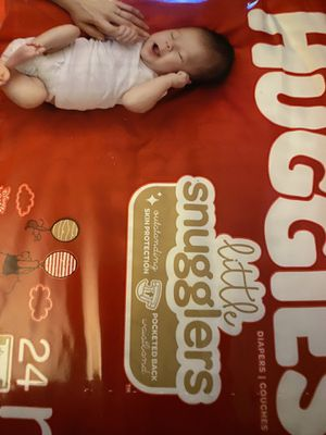Huggies diapers newborn diapers for Sale in Mount Prospect, IL