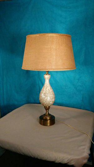 Vintage table lamp for Sale in Saginaw, MI
