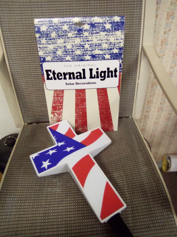 Brand New American Flag Cross Solar Powered Light Decoration