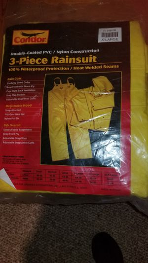 3 piece rain suit for Sale in Commack, NY