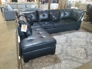 Black Leather Sectional Sofa Couch for Sale in Dallas, TX