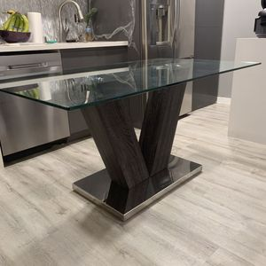 Dinning table / kitchen table for Sale in Las Vegas, NV