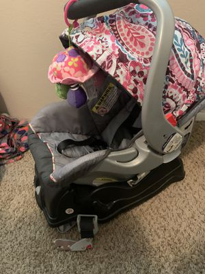 Infant car seat for Sale in Kansas City, MO