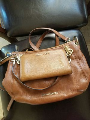 Michael Kors purse & wallet sets for Sale in Lincoln Acres, CA