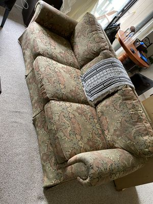 Free couch for Sale in Big Bear Lake, CA