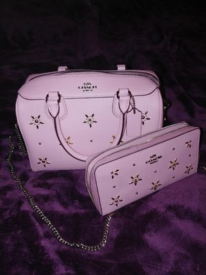 Authentic Coach with some Bling. Purse & wallet set. for Sale in Puyallup, WA