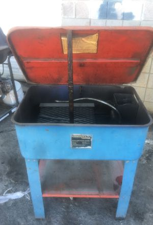 Chicago electric parts washer 20 gallon for Sale in Las Vegas, NV