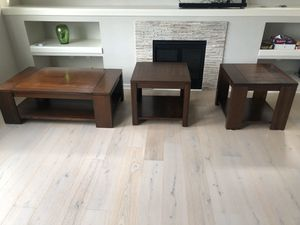 Coffee table and end tables for Sale in Renton, WA