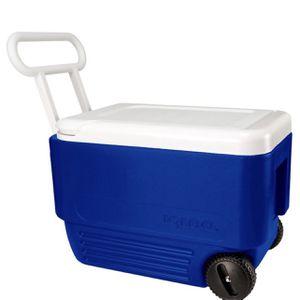 Igloo Wheelie Cool 38 Quart Cooler for Sale in Bakersfield, CA