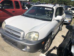 04 Hyundai sante fe parts. for Sale in Riverview, FL