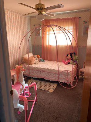 Bed frame for Sale in Southgate, MI
