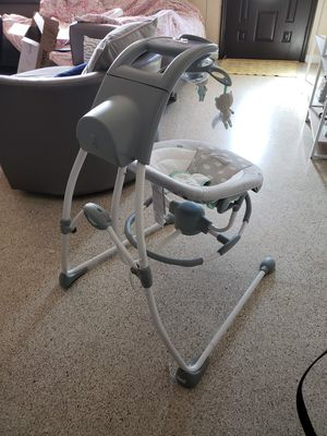 Baby swing with portable rocker for Sale in Miami, FL