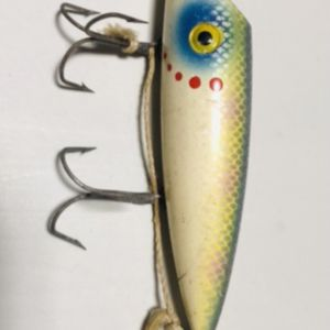 4 Vntg Wooden Fishing Lures ( Plugs) for Sale in Glendale Heights, IL