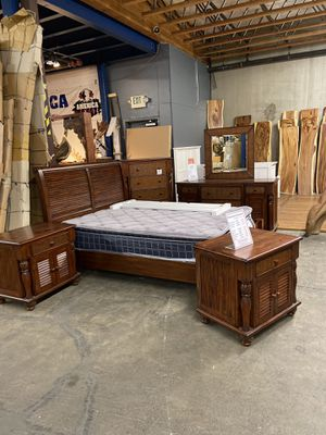 Solid Wood Queen Bed Frame for Sale in Vancouver, WA