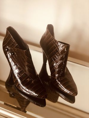 Via Spiga gorgeous ankle boots! for Sale in Queens, NY