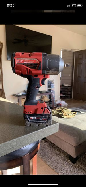Milwaukee impact Fuel and M18Red lithiumBattery xc5.0 for Sale in Kapolei, HI