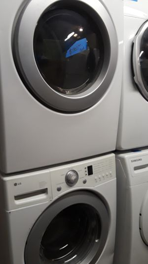 Lg washer and dryer set excellent condition for Sale in Baltimore, MD