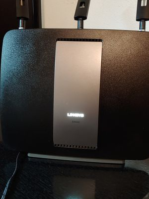 Linksys EA9200 tri-band wifi router for Sale in Dallas, TX