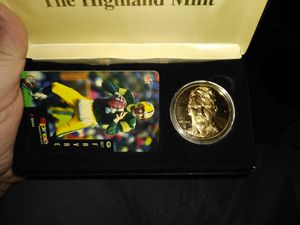 Highland mint Brett favre coin and phone card for Sale in Andover, MN