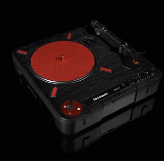 Numark NS7III and PT 101 portable scratch turntable