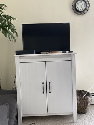 Tv stand/ shelf/ cabinet for Sale in Bryn Mawr, PA