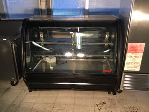 Used display refrigerator for restaurant equipment delivery available 1500 firm call7035977067 for Sale in Manassas Park, VA