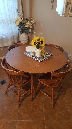 Table set for Sale in Phoenix, AZ
