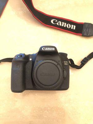 Canon 70D digital camera for Sale in Miami, FL