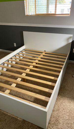 Full Bed Frame, White for Sale in Gilbert, AZ