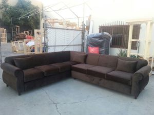 NEW 9X9FT CARRESS BROWN FABRIC SECTIONAL COUCHES for Sale in Placentia, CA