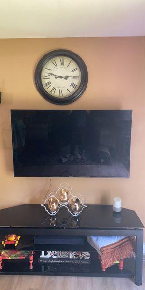 "58"" 4 k tv for Sale in Gaithersburg, MD"