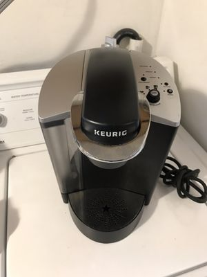 Keurig coffee maker for Sale in Cheverly, MD
