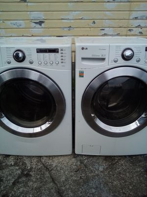 LG FRONT LOADER WASHER&DRYER for Sale in Aberdeen, WA