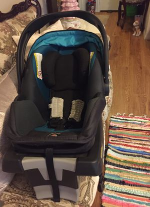 Car seat 💺 for Sale in Copperas Cove, TX