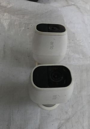 2 Arlo pro 2 cameras only for Sale in Modesto, CA