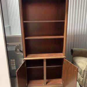 Cabinet/shelf for Sale in Baytown, TX