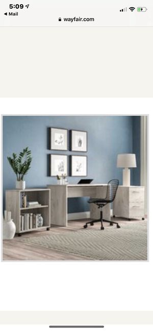 3 piece desk office suite for Sale in The Bronx, NY