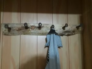 Rustic coat rack ,log edge ,made in michigan for Sale in Cleveland, OH