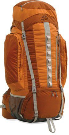 Alps mountaineering backpack 69L for Sale in Woodinville, WA