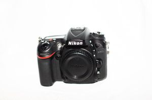 Nikon D7200 with 5 different lenses. for Sale in Miami, FL