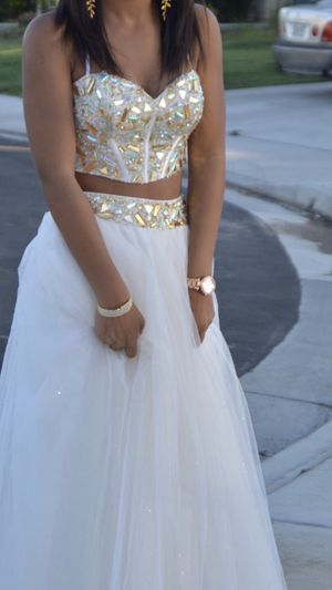 Gold & White Formal Dress for Sale in Queen Creek, AZ