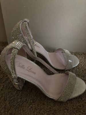 Rhinestone heel size 9 for Sale in St. Louis, MO